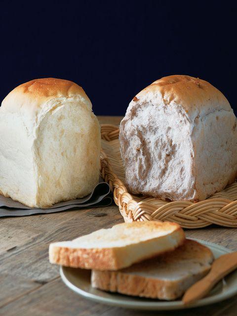 Food, Bread, Ingredient, Cuisine, Baked goods, Snack, Gluten, Bun, Bread roll, Dish,