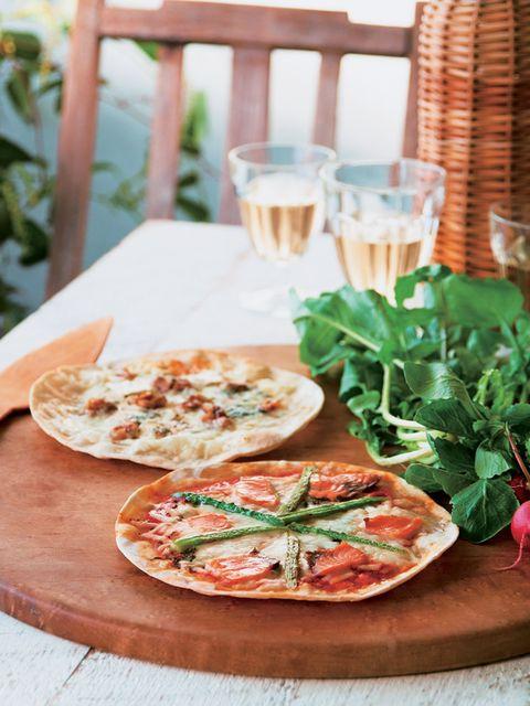 Food, Cuisine, Ingredient, Pizza, Table, Drinkware, Dish, Tableware, Plate, Dishware,