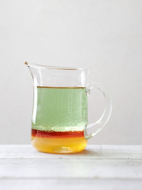 Liquid, Drinkware, Serveware, Drink, Tableware, Alcoholic beverage, Alcohol, Distilled beverage, Glass, Cup,