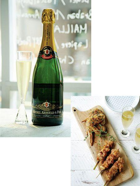 Glass, Drinkware, Bottle, Glass bottle, Drink, Finger food, Cuisine, Food, Barware, Alcohol,