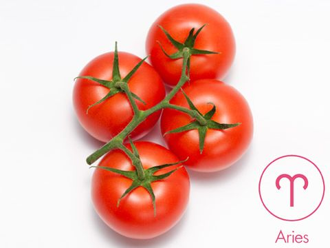 Vegan nutrition, Tomato, Vegetable, Whole food, Produce, Natural foods, Red, Fruit, Plum tomato, Local food,