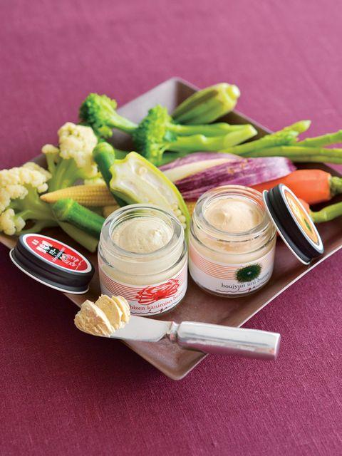 Ingredient, Food, Cuisine, Vegan nutrition, Produce, Food group, Natural foods, Whole food, Meal, Vegetable,