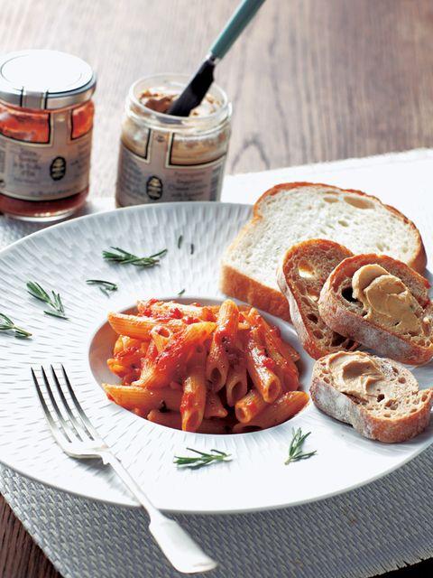 Food, Cuisine, Bread, Tableware, Dish, Dishware, Ingredient, Breakfast, Meal, Kitchen utensil,