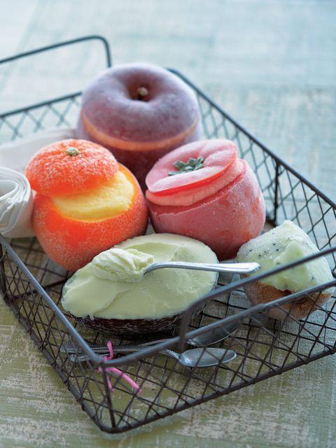Food, Produce, Sweetness, Fruit, Ingredient, Natural foods, Citrullus, Peach, Tableware, Melon,
