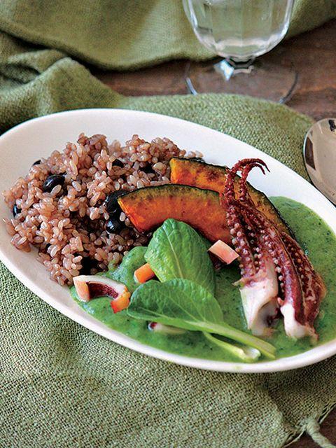 Food, Serveware, Ingredient, Tableware, Dishware, Drinkware, Cuisine, Plate, Recipe, Meat,