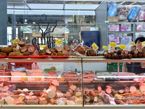 Food, Retail, Peach, Display case, Fast food, Bakery, Delicacy, Trade, Red meat, Sweetness,