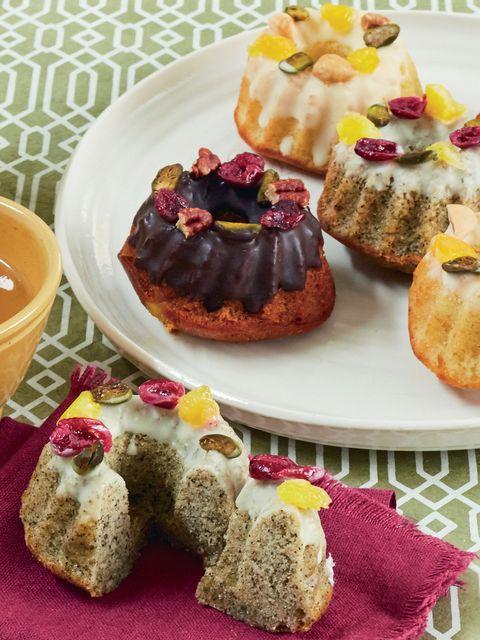 Food, Serveware, Cuisine, Finger food, Ingredient, Dish, Dishware, Sweetness, Tableware, Dessert,