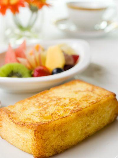 Serveware, Food, Dishware, Baked goods, Cuisine, Dish, Finger food, Tableware, Breakfast, Bowl,