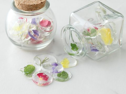 Glass, Pink, Serveware, Food storage containers, Lavender, Dishware, Artificial flower, Mason jar, Lid, Transparent material,