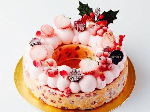 Food, Cake, Torte, Dessert, Fruit cake, Dish, Cuisine, Sweetness, Whipped cream, Baked goods,