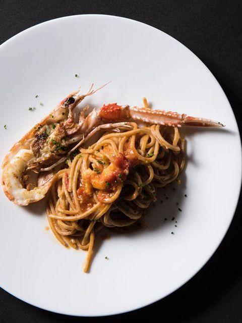 Food, Cuisine, Ingredient, Spaghetti, Dishware, Noodle, Recipe, Pancit, Dish, Plate,