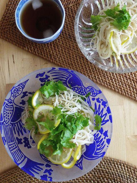 Dish, Food, Cuisine, Ingredient, Sōmen, Produce, Noodle, Vegetarian food, Recipe, Lunch,