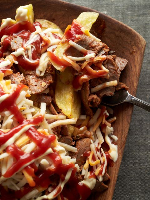 Dish, Food, Cuisine, Ingredient, Poutine, Frito pie, Produce, Meat, Pulled pork, Junk food,