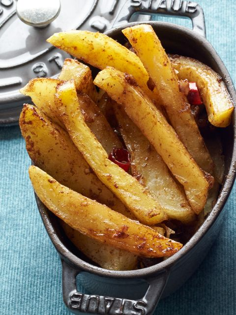 Dish, Food, Cuisine, Potato wedges, French fries, Fried food, Ingredient, Junk food, Side dish, Fast food,