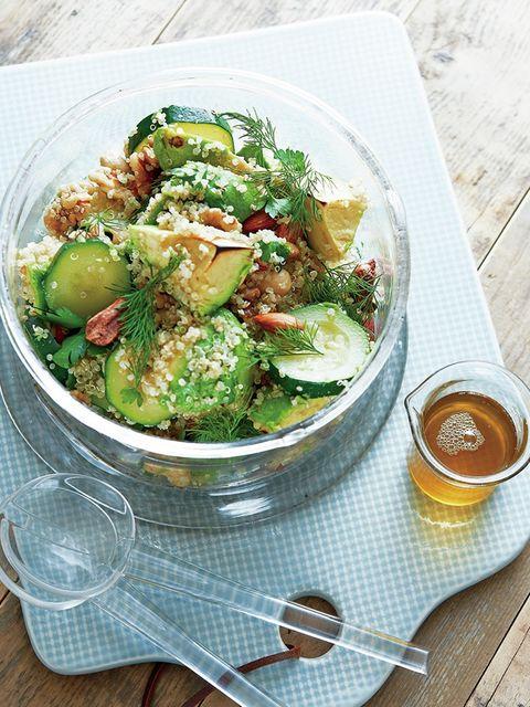 Serveware, Food, Cuisine, Ingredient, Leaf vegetable, Tableware, Dishware, Table, Salad, Vegetable,
