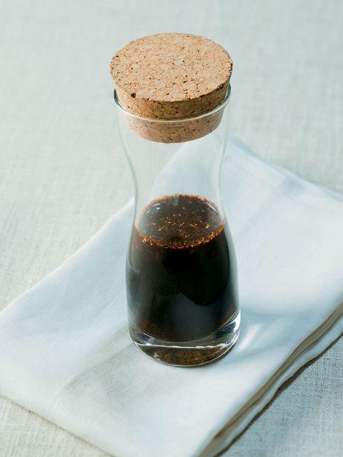 Liquid, Fluid, Drinkware, Drink, Serveware, Ingredient, Bottle, Beige, Distilled beverage, Cork,