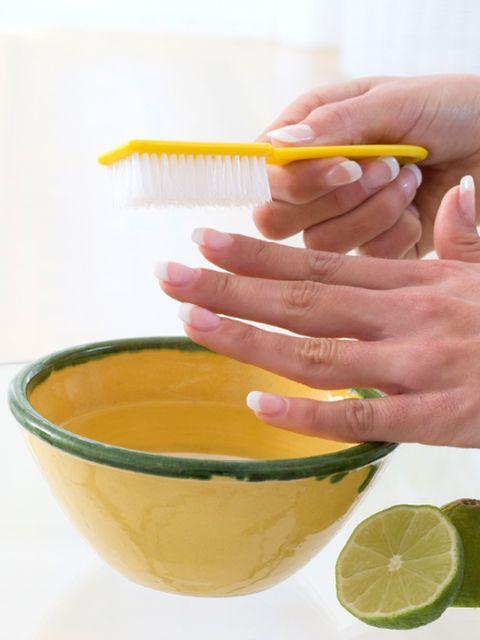 Finger, Yellow, Green, Lemon, Citrus, Hand, Nail, Fruit, Liquid, Meyer lemon,