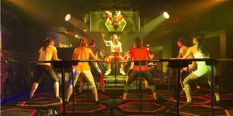Entertainment, Performing arts, Performance, Thigh, Music venue, Performance art, Artist, Wrestler, Audience, Puroresu,