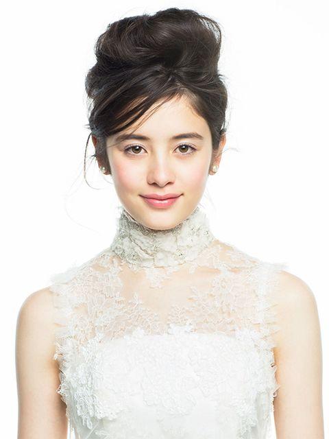 Hair, Hairstyle, Skin, Eyebrow, Lip, Beauty, Forehead, Chin, Bride, Dress,