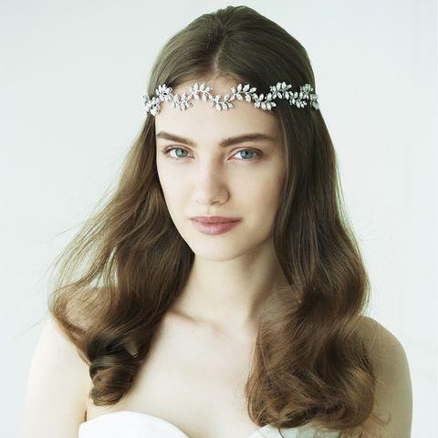 Lip, Hairstyle, Skin, Forehead, Eyebrow, Eyelash, Hair accessory, Headpiece, Style, Beauty,