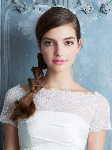 Clothing, Lip, Hairstyle, Eye, Shoulder, Textile, Joint, Dress, White, Bridal clothing,