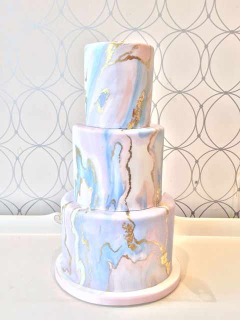 Blue, Serveware, Dessert, Aqua, Art, Teal, Lavender, Cake decorating, Paint, Cake,