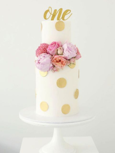 Pink, Buttercream, Cake decorating, Cake, Icing, Dessert, Food, Wedding cake, Fondant, Sweetness,