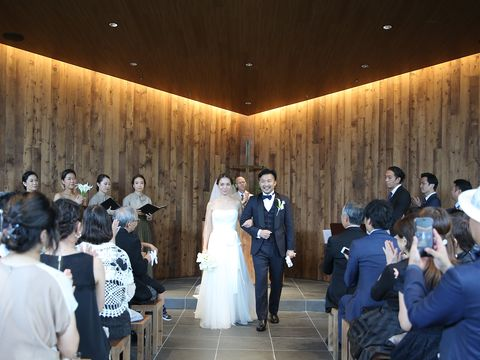 Photograph, Ceremony, Event, Bride, Function hall, Wedding, Dress, Wedding dress, Wedding reception, Bridal clothing,