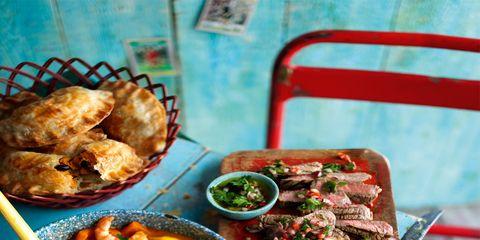 Food, Dish, Cuisine, Tableware, Recipe, Meal, Ingredient, Fast food, Meat, Curry,