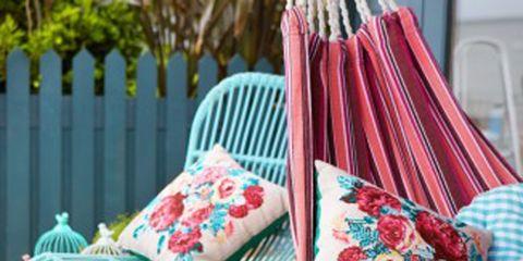 Textile, Picket fence, Pink, Teal, Bag, Pattern, Turquoise, Shoulder bag, Aqua, Home fencing,