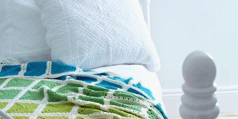 Textile, Purple, Aqua, Pattern, Magenta, Teal, Violet, Thread, Net,
