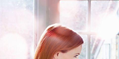 Lip, Finger, Eyelash, Nail, Beauty, Mobile phone, Nail care, Brown hair, Transparent material, Long hair,