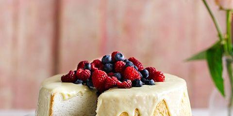 Sweetness, Serveware, Food, Cuisine, Ingredient, Dishware, Dessert, Cake, Dish, Baked goods,