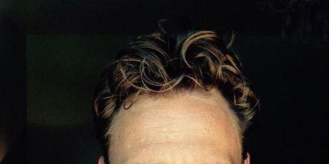 Ear, Cheek, Hairstyle, Chin, Forehead, Eyebrow, Jaw, Handwriting, Facial hair, Cool,