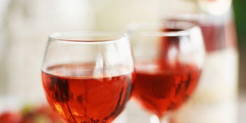 Fluid, Glass, Stemware, Drinkware, Liquid, Barware, Drink, Wine glass, Alcoholic beverage, Red,