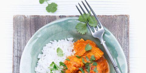 Green, Food, Dishware, Leaf, Tableware, Recipe, Dish, Stew, Kitchen utensil, Plate,
