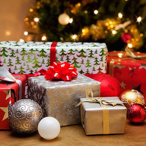 to make this years present buying less stressful and give you more time to prepare christmas dinner and all of the festive goodies weve put together some