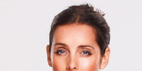 Ear, Lip, Cheek, Mouth, Hairstyle, Chin, Forehead, Shoulder, Eyebrow, Jewellery,