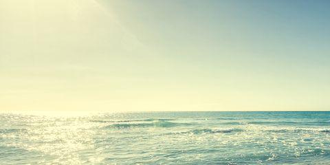 Sky, Body of water, Sea, Beach, Ocean, Water, Shore, Wave, Horizon, Sand,