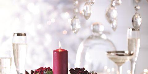 Dishware, Interior design, Flowerpot, Serveware, Glass, Candle, Flower Arranging, Centrepiece, Still life photography, Wax,