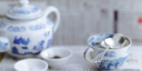 Serveware, Dishware, Food, Porcelain, Ingredient, Tableware, Blue and white porcelain, Drinkware, Ceramic, Breakfast,