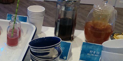 Liquid, Drinkware, Fluid, Serveware, Ingredient, Drink, Dishware, Rum, Tea, Cup,