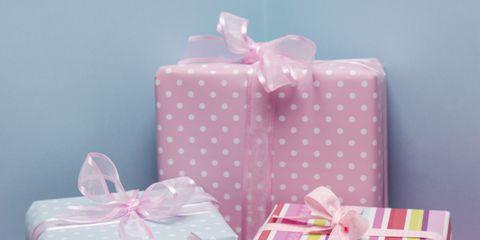 Pink, Pattern, Bag, Party favor, Aqua, Present, Party supply, Polka dot, Shoulder bag, Design,