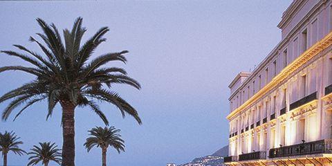 Resort, Town, Arecales, Resort town, Mixed-use, Sea, Evening, Dusk, Seaside resort, Hotel,