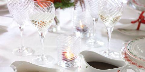 Serveware, Drinkware, Dishware, Food, Cuisine, Tableware, Glass, Dish, Stemware, Coffee cup,