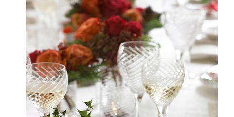 Serveware, Dishware, Glass, Food, Stemware, Tableware, Garnish, Ingredient, Drinkware, Dish,