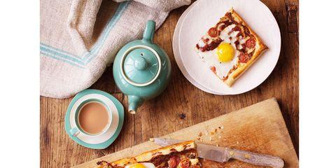Serveware, Food, Cuisine, Dishware, Ingredient, Meal, Plate, Tableware, Dish, Breakfast,