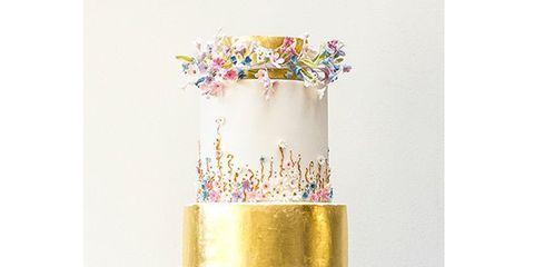 Dessert, Wedding ceremony supply, Cake, Sweetness, Baked goods, Cake decorating, Brass, Silver, Wedding cake, Cake stand,