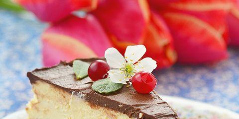 Food, Dishware, Sweetness, Cuisine, Ingredient, Dessert, Baked goods, Plate, Serveware, Dish,