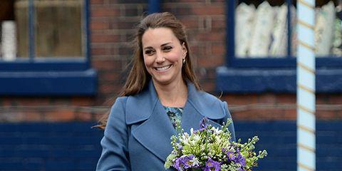 Human, Electric blue, Bouquet, Lavender, Purple, Street fashion, Blazer, Cobalt blue, Flowerpot, Majorelle blue,
